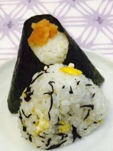 ひじきと炒り卵の混ぜご飯